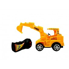 Žaislinis traktorius su nuotolinio valdymo pulteliu